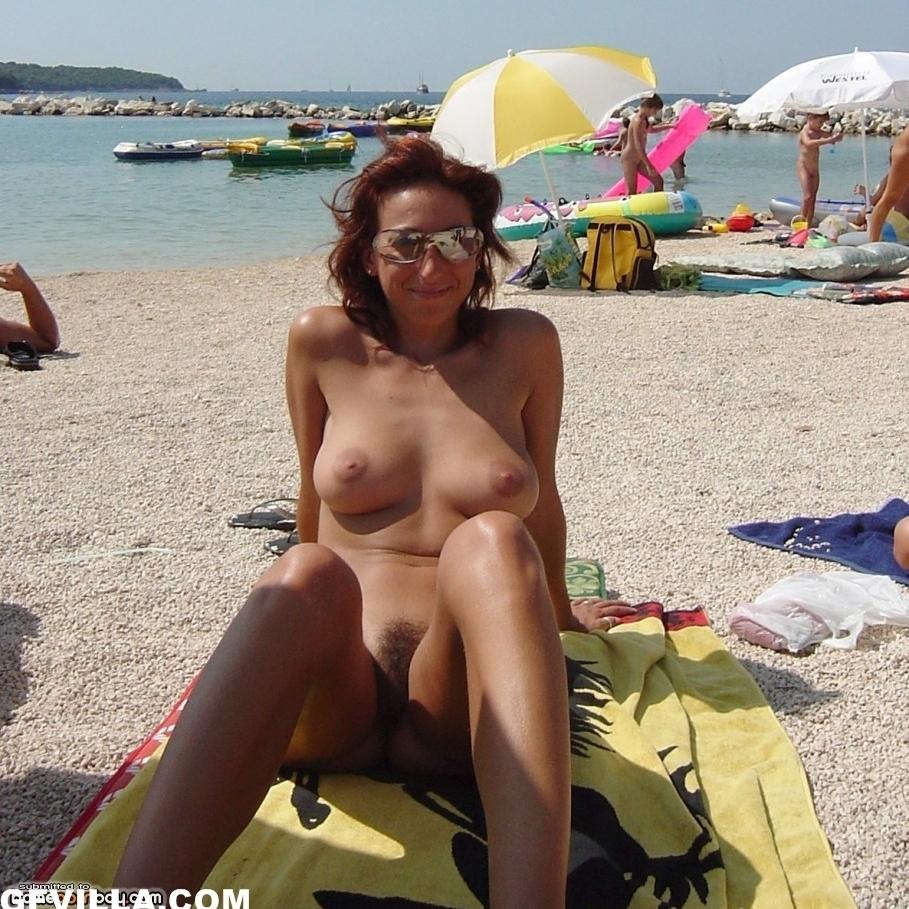 desnuditas en la playa parte 3 30/07/17