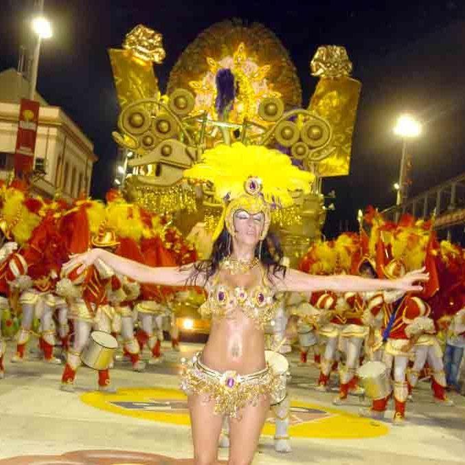 Carnaval, 2da Parte... solitos en el futón