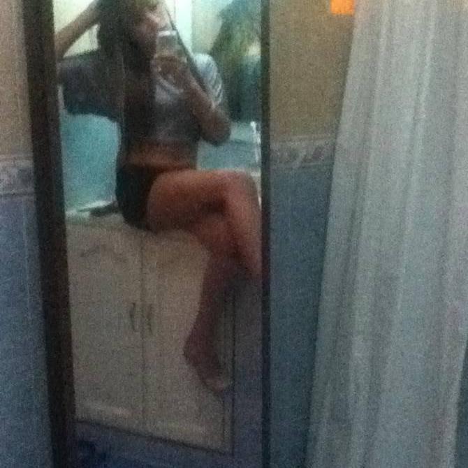 Hola Me Llamo Brenda ! Soy De Moron, Travesti :)