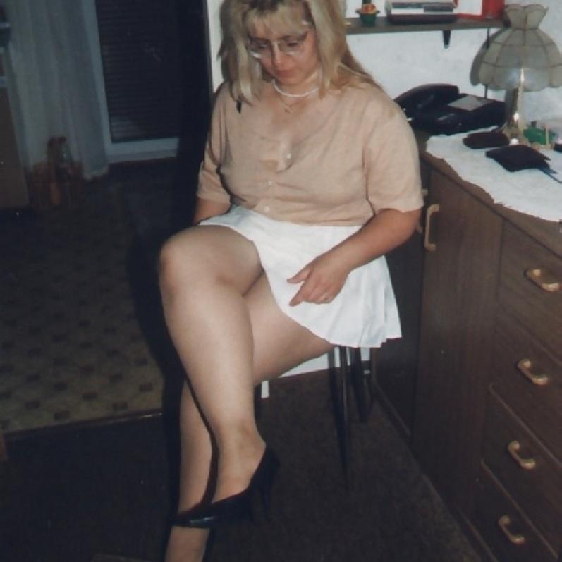 Martina, una madura muy sugestiva y calentona...