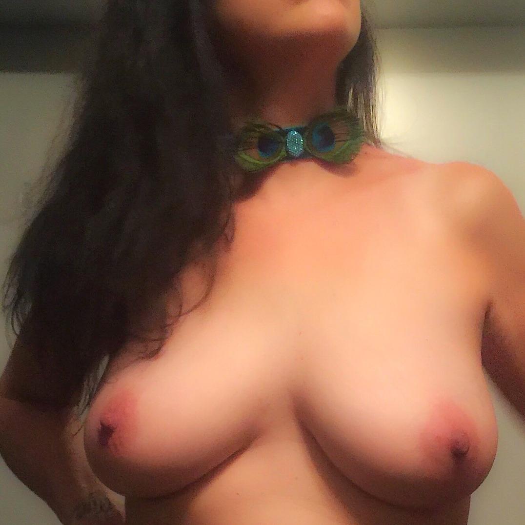 fotos porno bien calientes tiradas en un celular