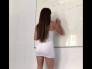 Profesora carioca moviendo su tremendo orto a sus alumnos