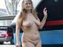 veterana exquisita haciendo topless