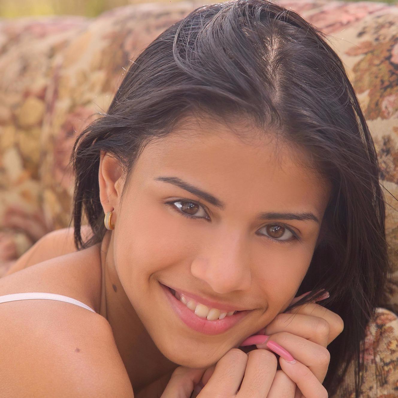 Denisse Gomez 1 parte