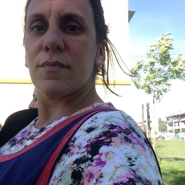 Connie, mas de la maestra jardinera enamorada de la pija