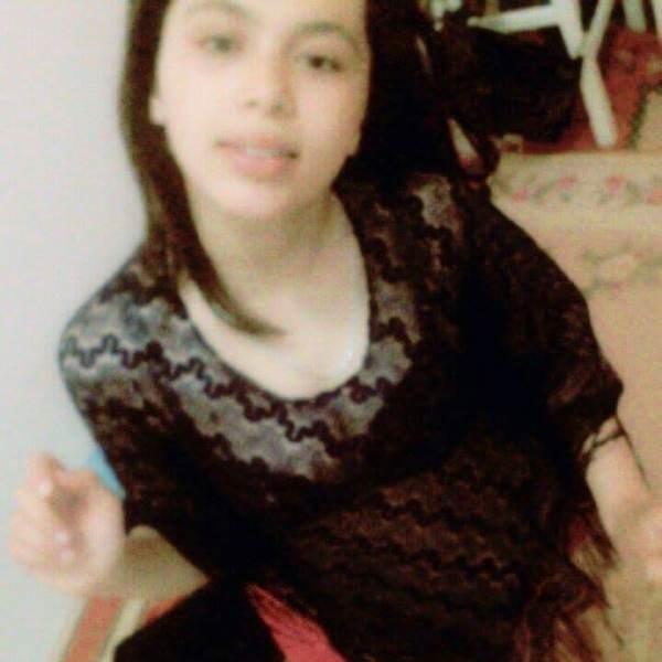 Hermosa arabe amateur +18
